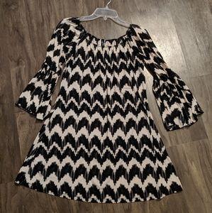 Black, white and gray tunic